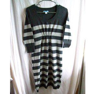 Old Navy Maternity 3/4 Sleeve Sweater Dress